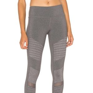 Alo Yoga Moto Leggings in Stormy Heather size XS